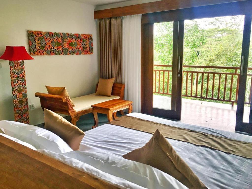 The Hidden Paradise Hill Suites & Villas
