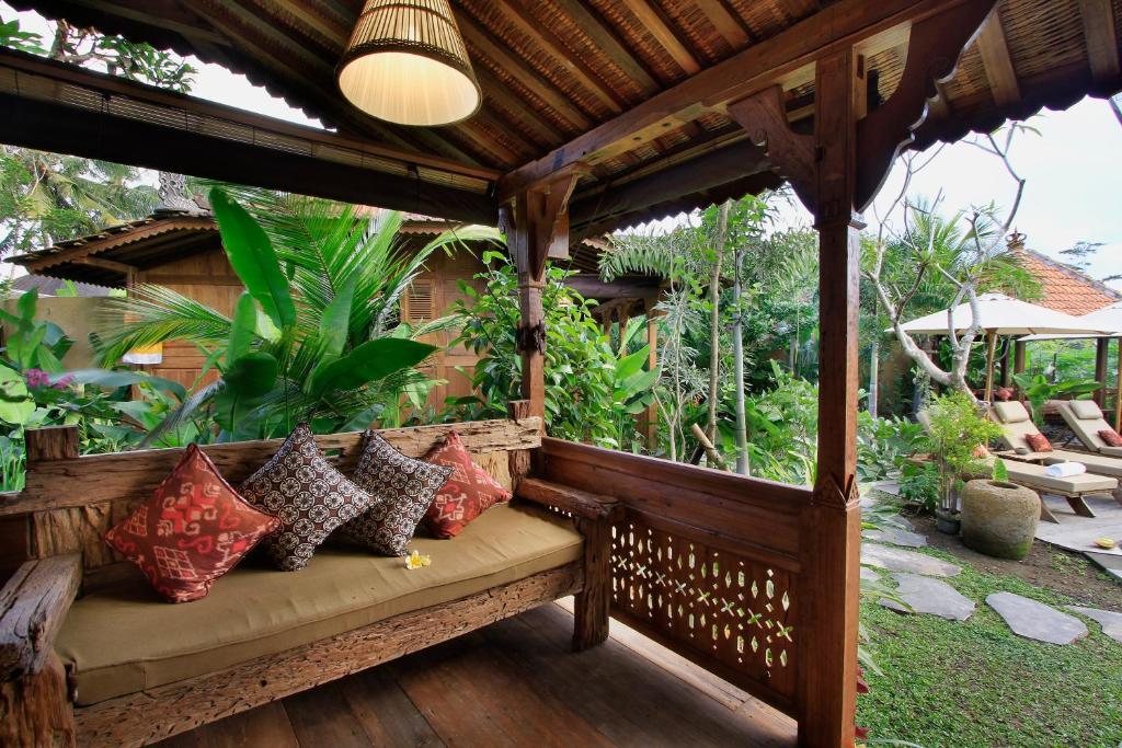 Madani Antique Villas